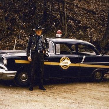 10-Chevrolet 1957