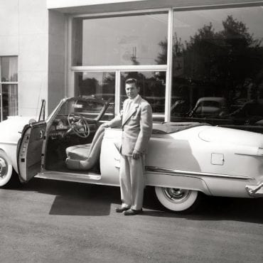 12-Oldsmobile 1952