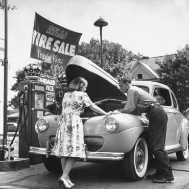 13-Willys Aerocar 1941