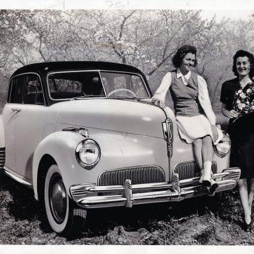 22-1941-studebaker-skyway-president-sedan-wire-photo