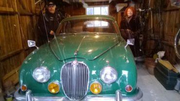 Louise Mc Kinnon et Benoit Coté, Cap Rouge, jaguar MK2 1967