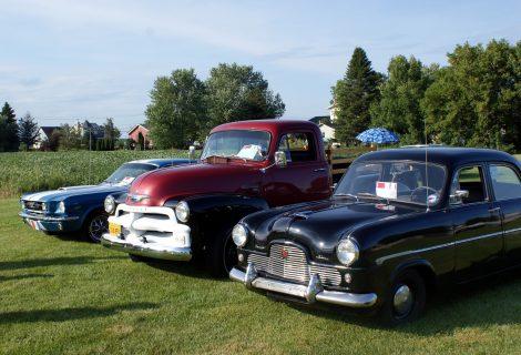 exposition de voitures anciennes de st-mathieu-de-beloeil - voitures