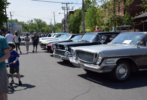 exposition de voitures anciennes de ville saint-laurent - voitures