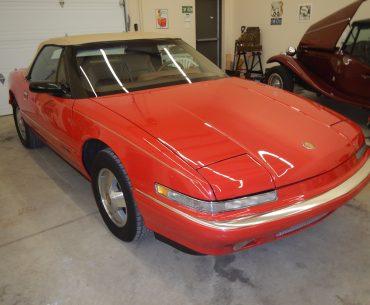 Buick Reatta décapotable 1990