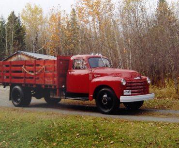 CHEVROLET camion 2 tonnes