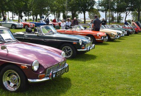exposition de voitures anciennes de baie d'urfé - voitures anciennes